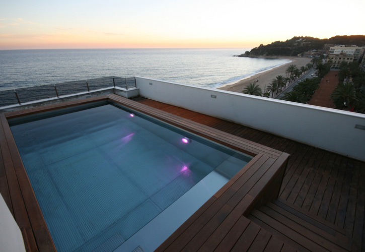 Recoder piscines maresme construcci n de piscinas for Construccion de piscinas barcelona