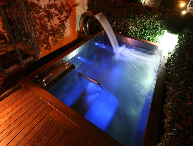 Piscinas de acero inoxidable recoder piscines maresme - Piscinas en aticos ...