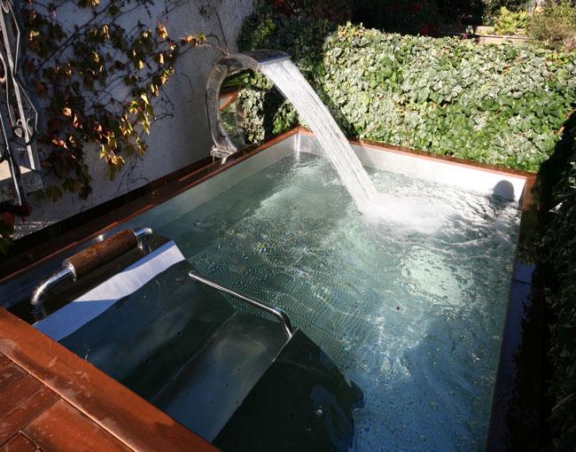 Piscina spa inox a medida piscinas o spas a medida de for Medidas de piscinas de obra