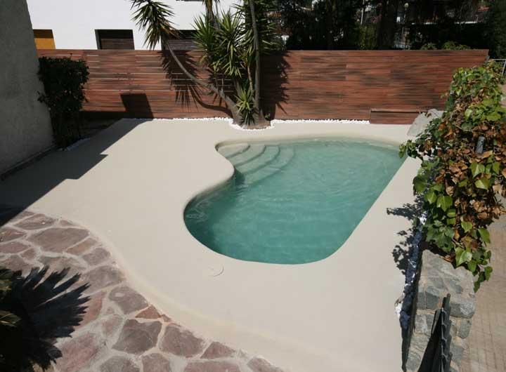 Paisajismo para piscinas rosagres piscina skimmer con for Paisajismo para piscinas